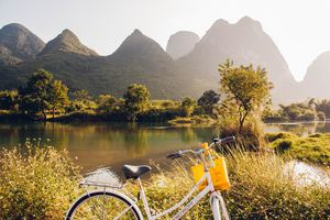 fietsen karstgebergte - Yangshuo - foto: unsplash