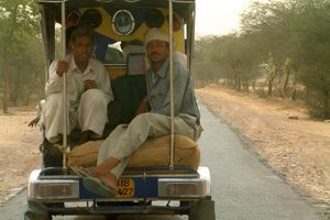 mannen in busje - India