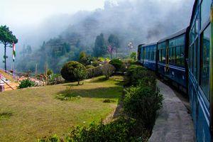 Zijaanzicht  trein - India