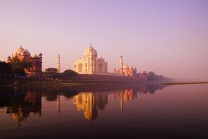 Taj Mahal roze gloed - India