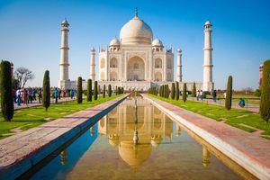 Vooraanzicht Taj Mahal - India