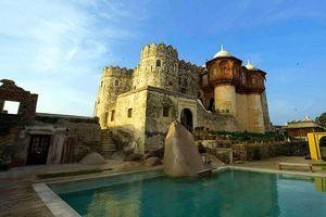 zwembad van Fort Khejarla - Khejarla - India