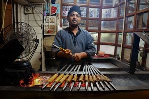 vlees roosteren in Delhi - Delhi - India