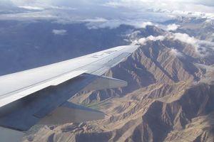 vleugel van vliegtuig boven Ladakh - Ladakh - India