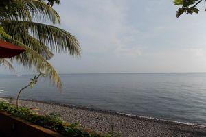 uitzicht zee - Puri Wirata Hotel Amed