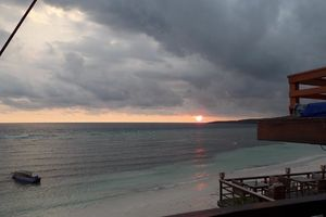 zonsondergang Anda Beach Hotel - Bira - Sulawesi - Anda Beach Hotel Bira - Indonesië