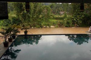 zwembad - Hotel Luta Toraja - Hotel Luta Toraja - Indonesië