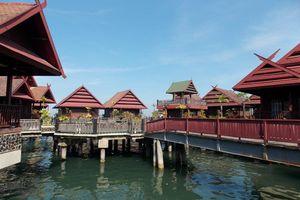 cottages - Pantai Gapura Hotel Makassar