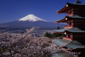 Mount Fuji en de Chureito Peace Pagoda
