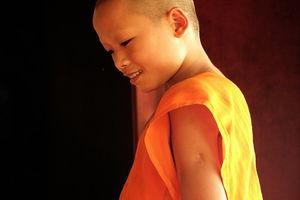 Beginnend monnik jongetje - Laos