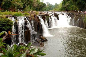 waterval (2) - Laos - foto: Archief