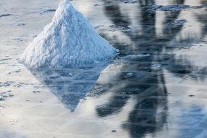 zout bij Salt Pans - Mauritius - foto: Tourism Board Mauritius