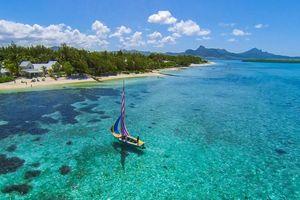 boot bij Astroea Beach Mauritius - Astroea Beach Mauritius - Mauritius