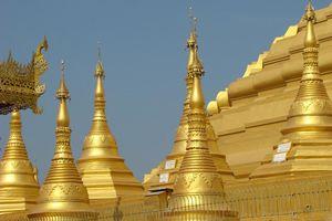 detail tempel Bago