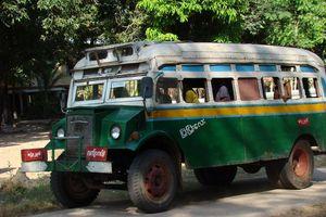 lokale bus Myanmar - Myanmar