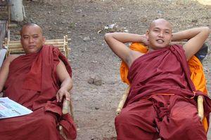 monniken relaxen