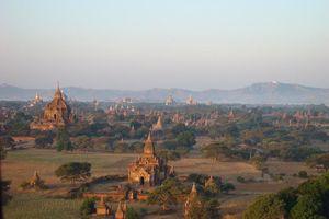tempels bagan vanuit lucht - Bagan - Myanmar