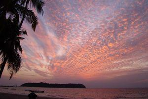 ondergaande zon mooie lucht - Ngapali - Myanmar
