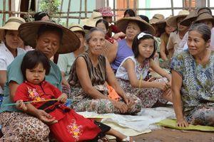 ceremonie in de omgeving van Hsipaw - Hsipaw - Myanmar