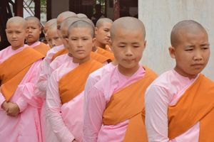 Novices in Hsipaw - Hsipaw - Myanmar