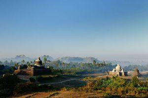 Tempel en palmbomen, Mrauk U. Dukkanthein Paya - Myanmar