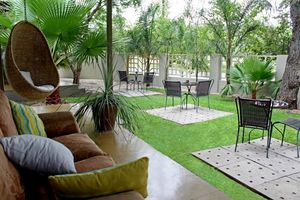 Elegant Guesthouse, tuin - Windhoek - Namibië