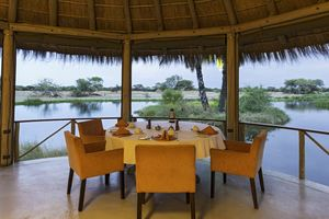restaurant van Onguma Bush Camp - Onguma Bush Camp - Namibië