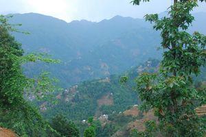 uitzicht over bergen - Nepal