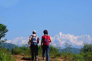 mensen aan het wandelen in Balthali - Balthali - Nepal