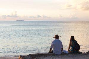 Reizigers bij Beau Vallon - Beau Vallon - Seychellen