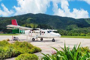 Vliegtuig bij Grand Anse - Grand Anse - Seychellen