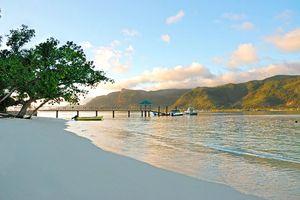 Strand - L' Habitation Cerf Hotel - Seychellen