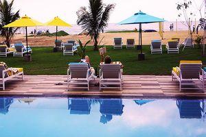 Zwembad van Hotel J - Hotel J - Sri Lanka