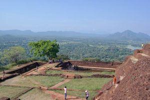 Lions Rock in Sigiriya - Sigiriya - Sri Lanka