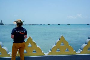 zee bij Jaffna met PANGEA logo - Jaffna - Sri Lanka
