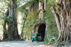 poort Galle fort met tuk - Galle - Sri Lanka