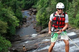 abseilen Borderlands canyoning in Kitulgala - Borderlands canyoning - Sri Lanka