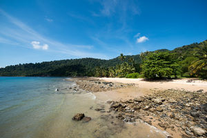 Strand en zee bij Tioman - Borneo - Maleisië - foto: unsplash