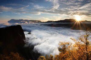 Zonsondergang boven de wolken in Alishan - Alishan - Taiwan