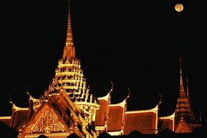 Grand Palace 's avonds