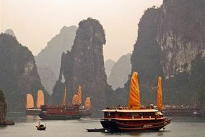boot - Baitho Junk Boat - Halong Bay - Vietnam