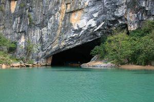 Boot in de grot, Phong Nha Ke