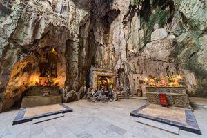 Verering in de grotten, Marble mountain - Vietnam