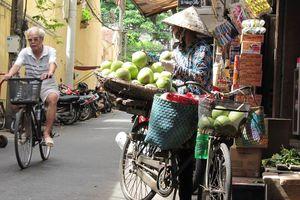 Straatverkoper in Hanoi - Hanoi - Vietnam