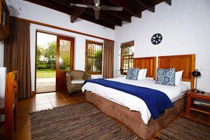 slaapkamer standaard tweepersoons - At the Woods - Zuid-Afrika - foto: At the Woods